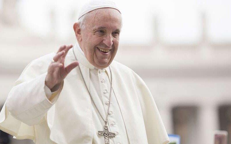 El papa Francisco fue operado en medio de un gran hermetismo