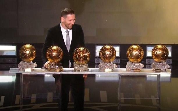Messi recibió el sexto Balón de Oro y se convirtió en el máximo ganador de la historia