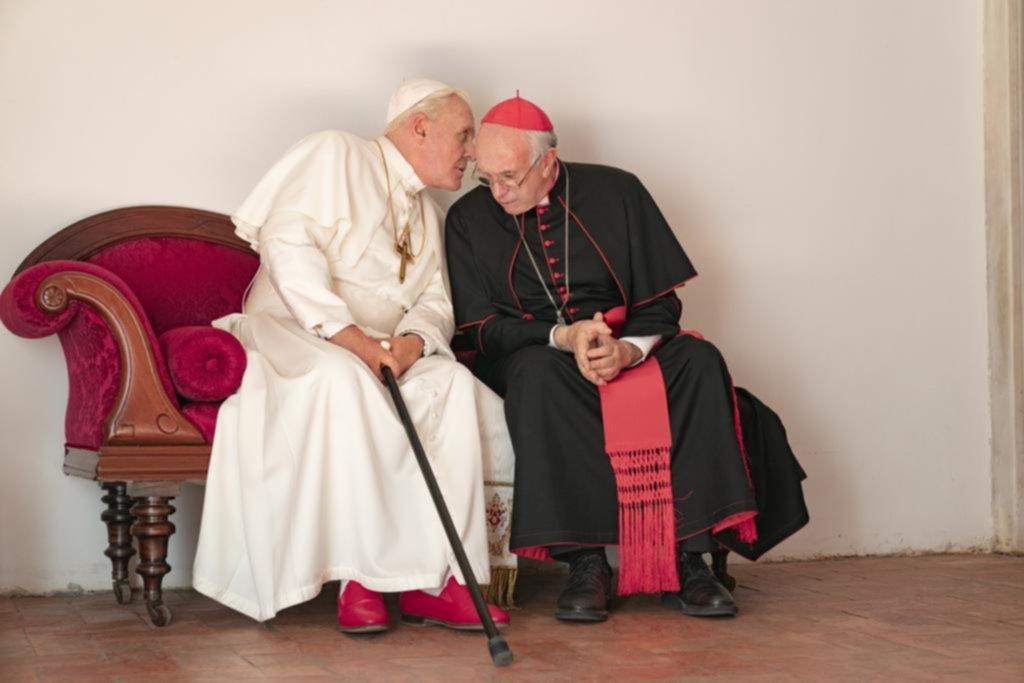 """""""Los dos Papas"""": un diálogo sobre la culpa y el perdón, entre dioses y demonios"""