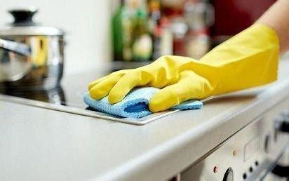 Desde enero subirán las cargas sociales para el personal doméstico: los montos según cada categoría