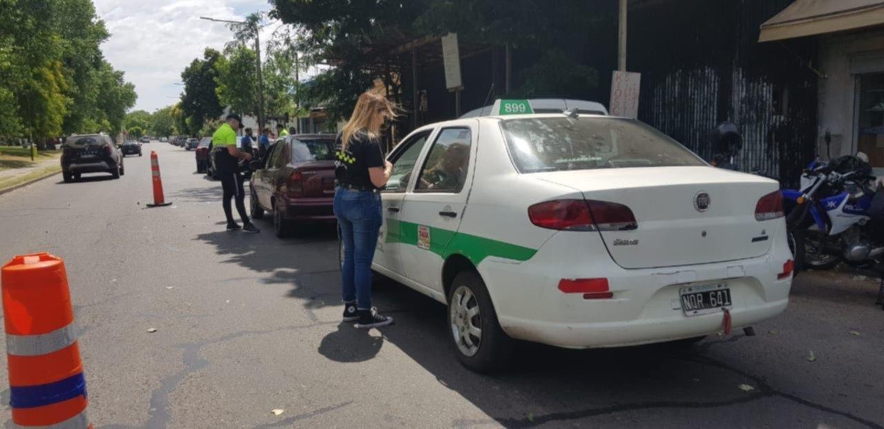 Secuestran nueve vehículos que funcionaban como UBER y remises sin habilitación