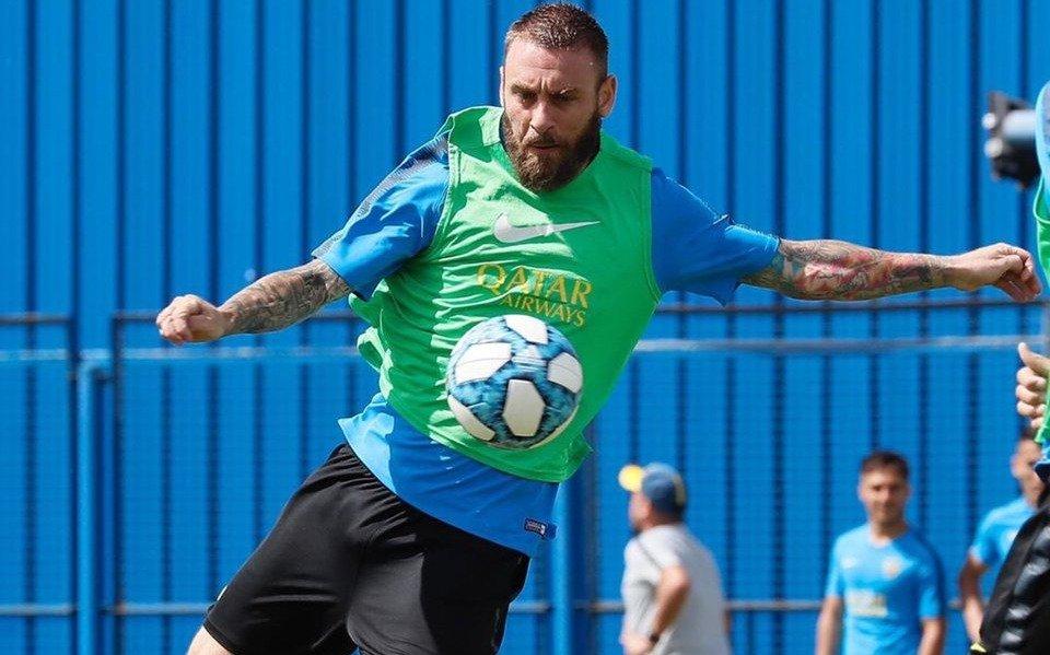 Lisandro López se desgarró y Daniele De Rossi sería titular el domingo en Boca