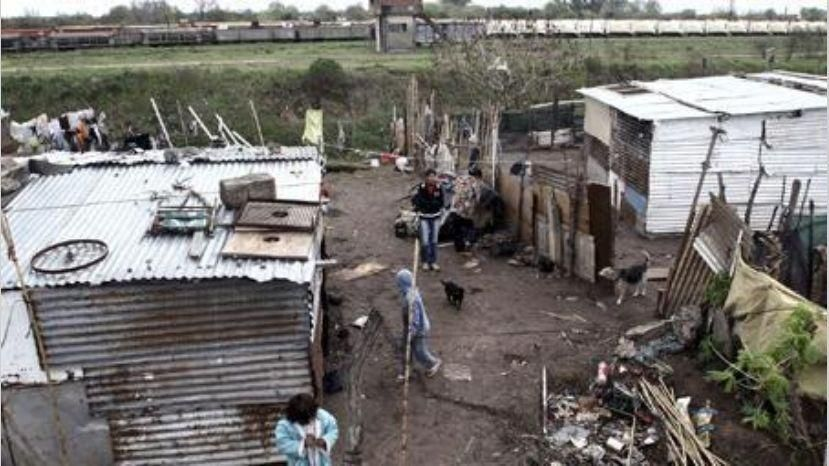 El indicador de pobreza alcanzó el nivel más alto de los últimos diez años: 40,8%