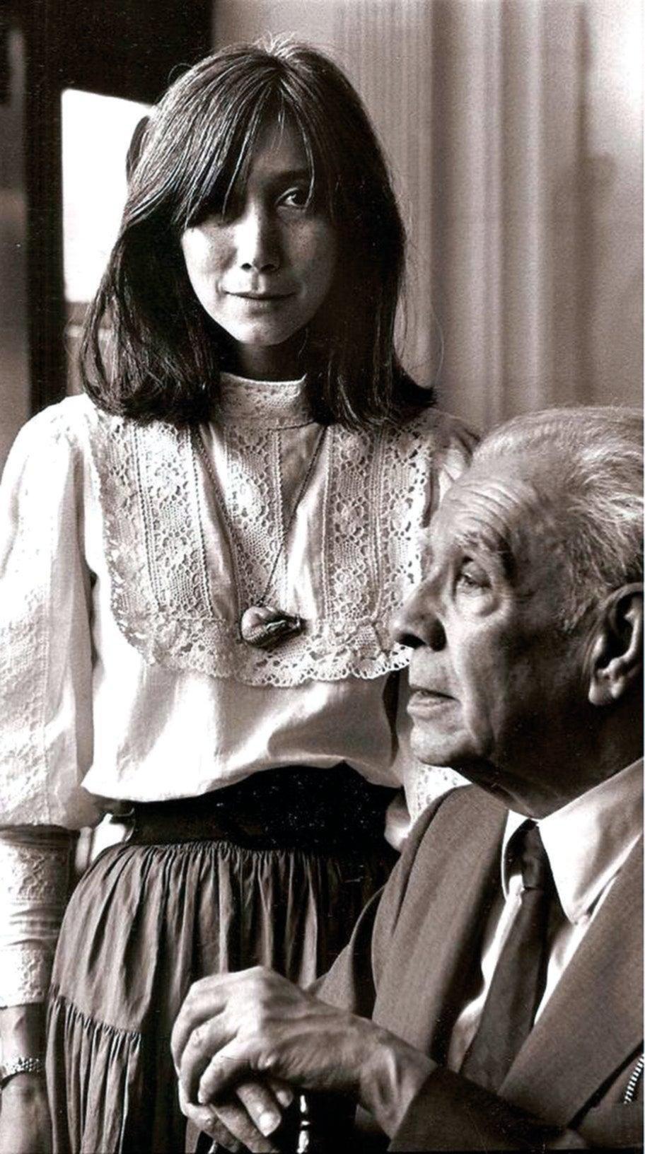 Anunciaron un museo con manuscritos de Borges y Kodama dijo que son robados