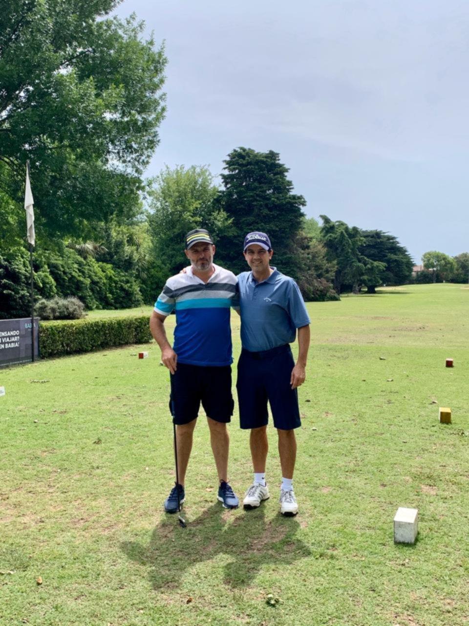 Una tarde a puro sol en las canchas del Norte para jugar a lo que más les gusta: el golf