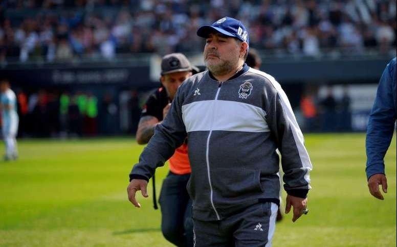 Maradona dio la lista de concentrados para recibir a Central Córdoba