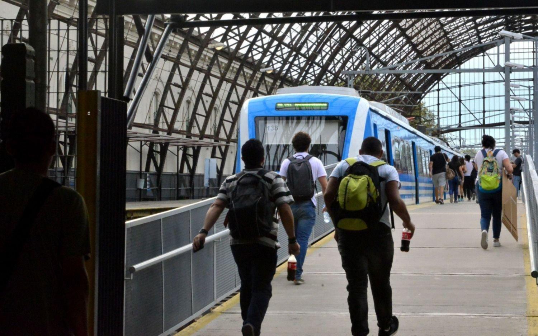 Se reanudó el servicio del tren Roca tras un accidente