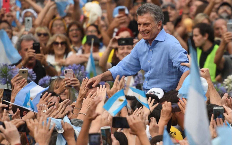 Ante miles de personas, Macri se despidió con un acto en Plaza de Mayo