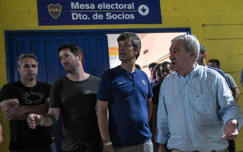 Elecciones en Boca: la fórmula opositora Ameal-Riquelme se encaminaba al triunfo