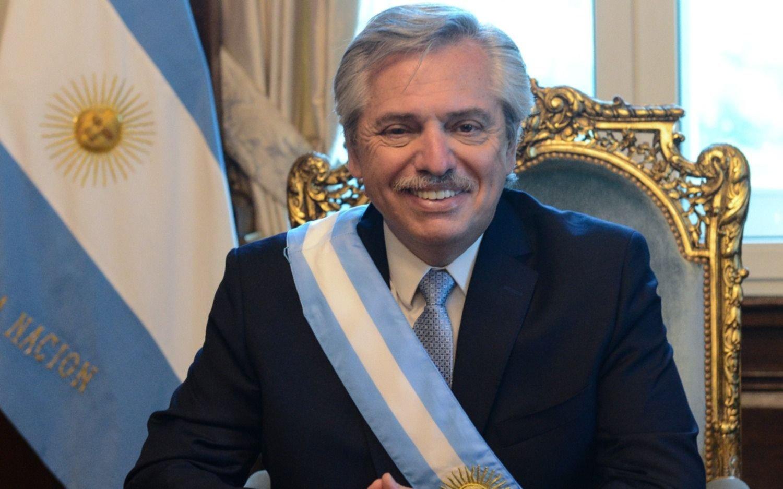 Cuáles fueron las primeras actividades del nuevo presidente en la Casa Rosada