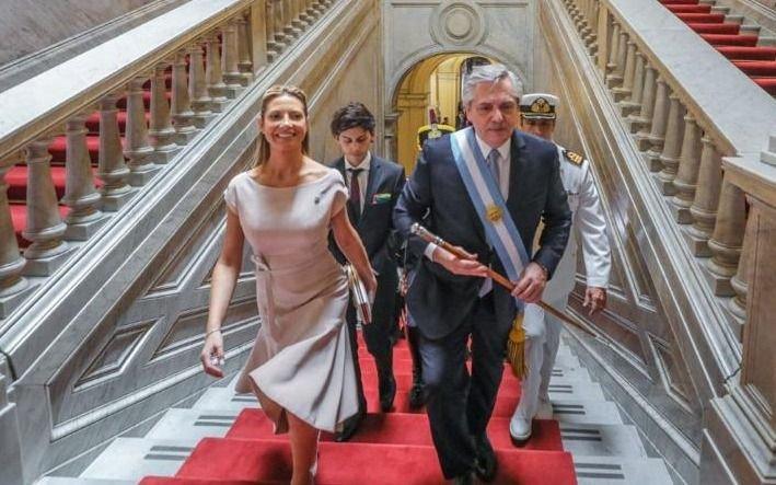 El look de Fabiola Yáñez, la nueva primera dama