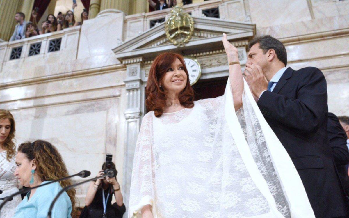 Cristina Kirchner, como vicepresidenta, ya tuvo su primera actividad oficial