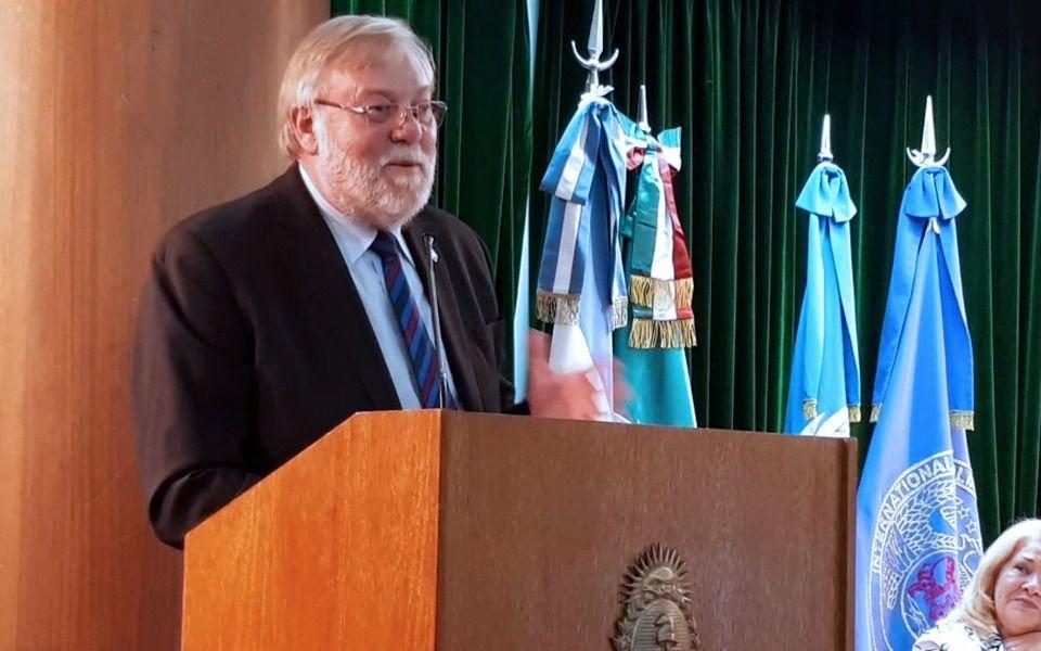 Violento robo a un embajador de la ONU en Villa Elisa: lo maniataron y le mataron tres perros