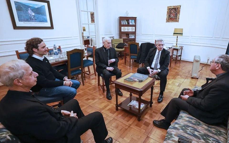 En medio de la tensión por el aborto, los obispos se reunirán con Alberto Fernández