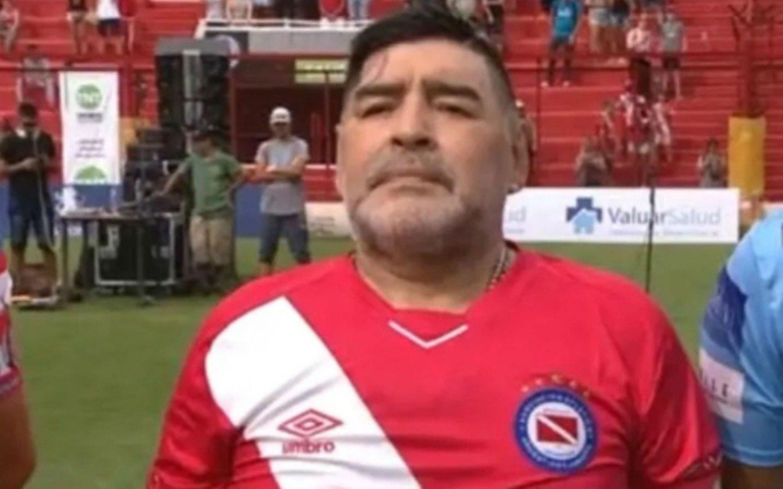 """Maradona, en Argentinos Jrs: """"La estoy luchando en Gimnasia pero algún día me gustaría estar acá"""""""