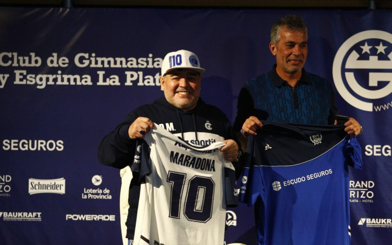 """Maradona, en exclusiva con EL DÍA: """"Quiero agradecerle al socio de Gimnasia por apoyar al presidente Pellegrino"""""""