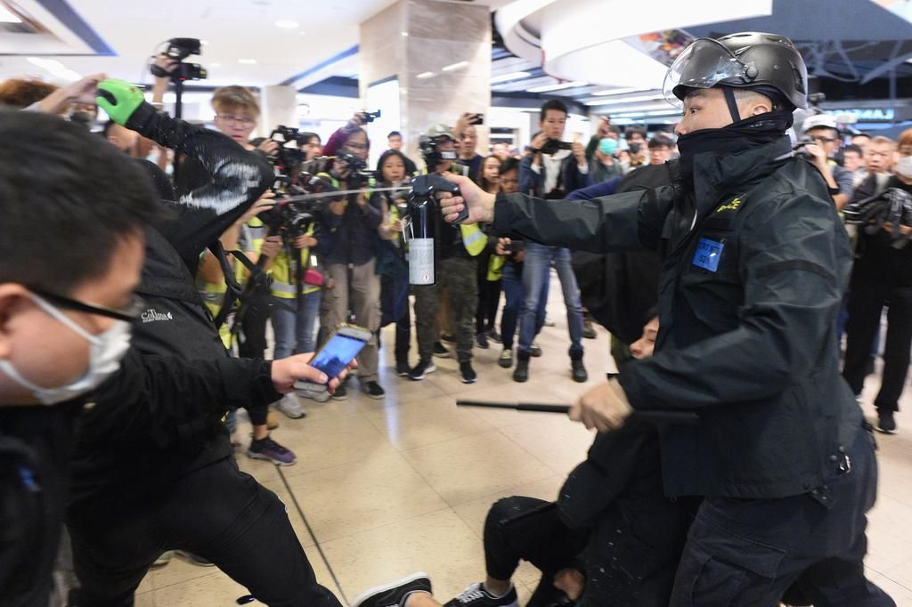 Los manifestantes prodemocracia coparon los shoppings en Hong Kong