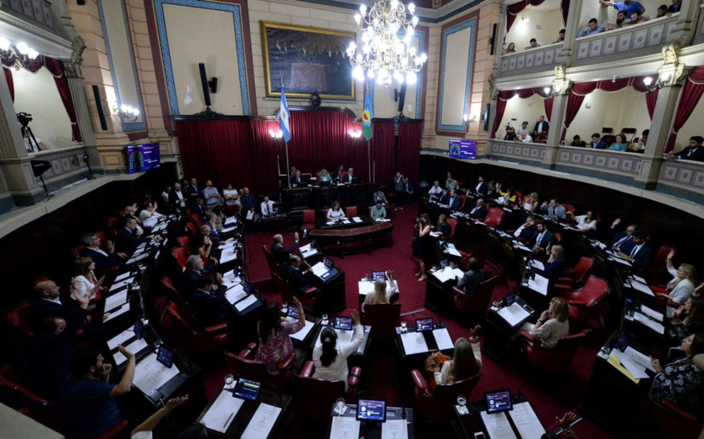 Ley Impositiva: se prorroga la sesión en el Senado y siguen las negociaciones para intentar llegar a un acuerdo