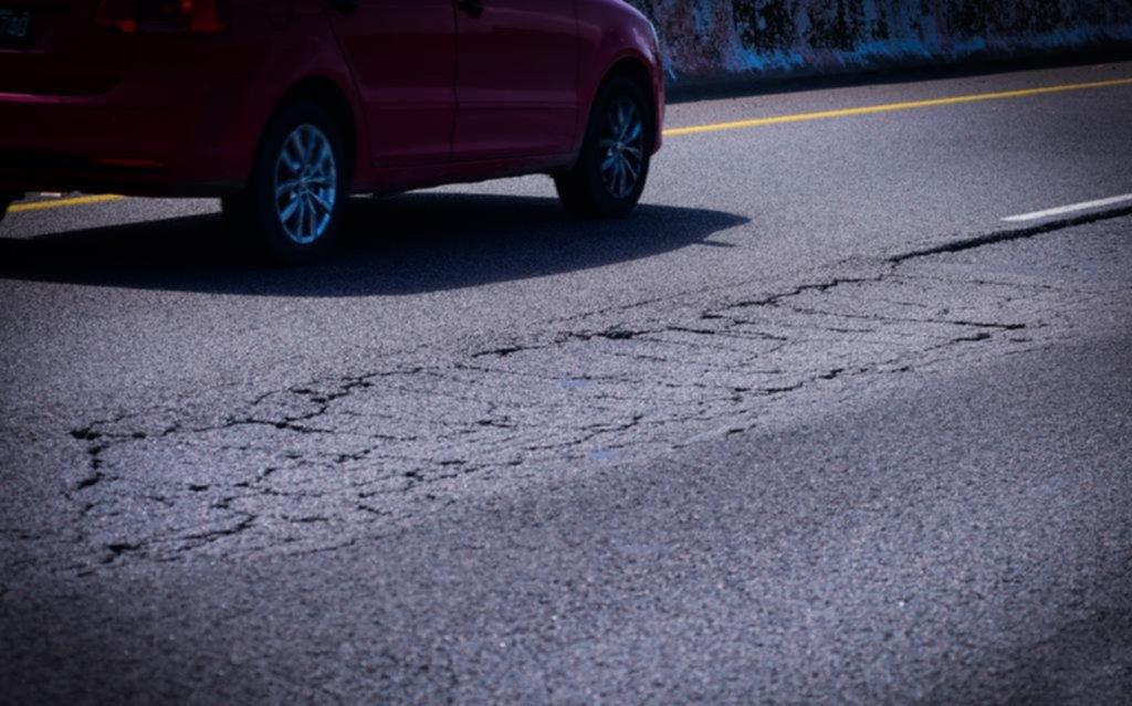 Analizan un aumento en los peajes de la Autopista La Plata y rutas a la Costa: sería del 55%