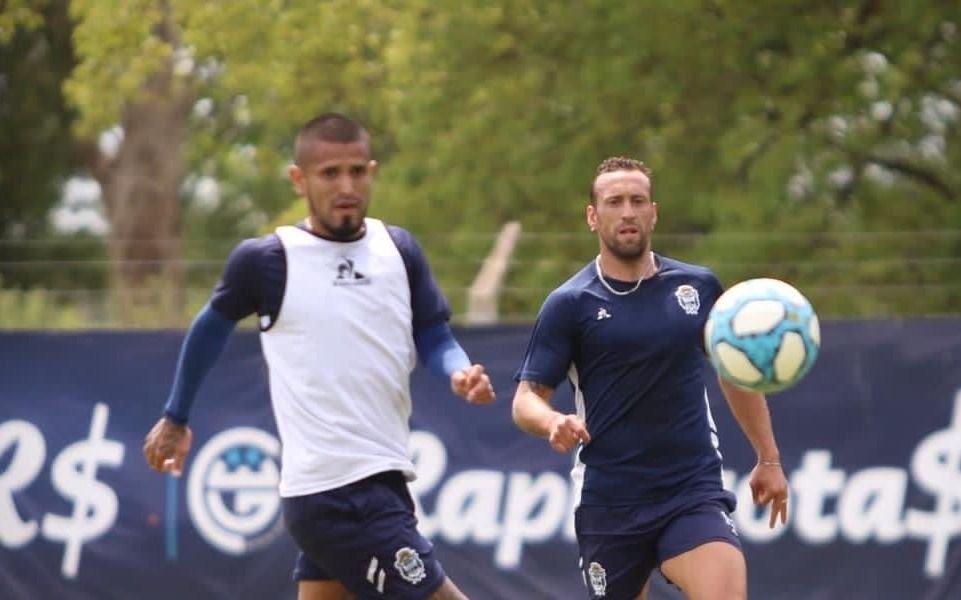 Informe Tripero: Gimnasia espera con equipo confirmado el cambio de horario del partido con Huracán
