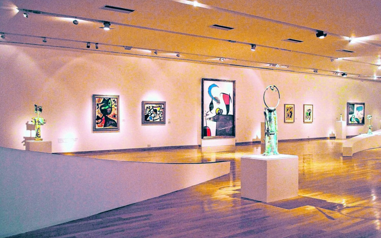 """Simpleza catalana """"Miró: la experiencia de mirar"""", desembarcó en la Argentina"""