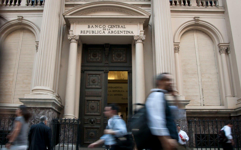 Las tres ilusiones o distorsiones que dominan la economía argentina