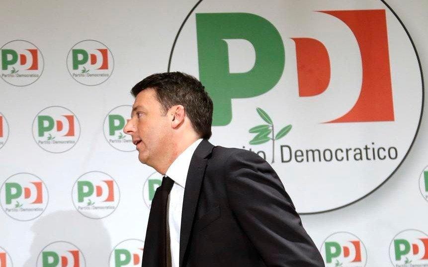 """Coqueteo de los """"antisistema"""" con la socialdemocracia italiana"""