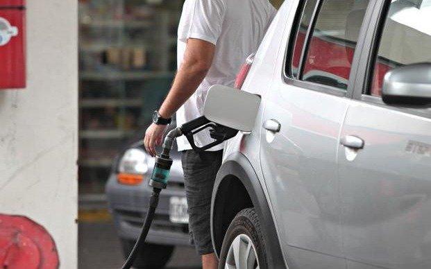 Aumeta la nafta: las estaciones de bandera Axion hacen la punta