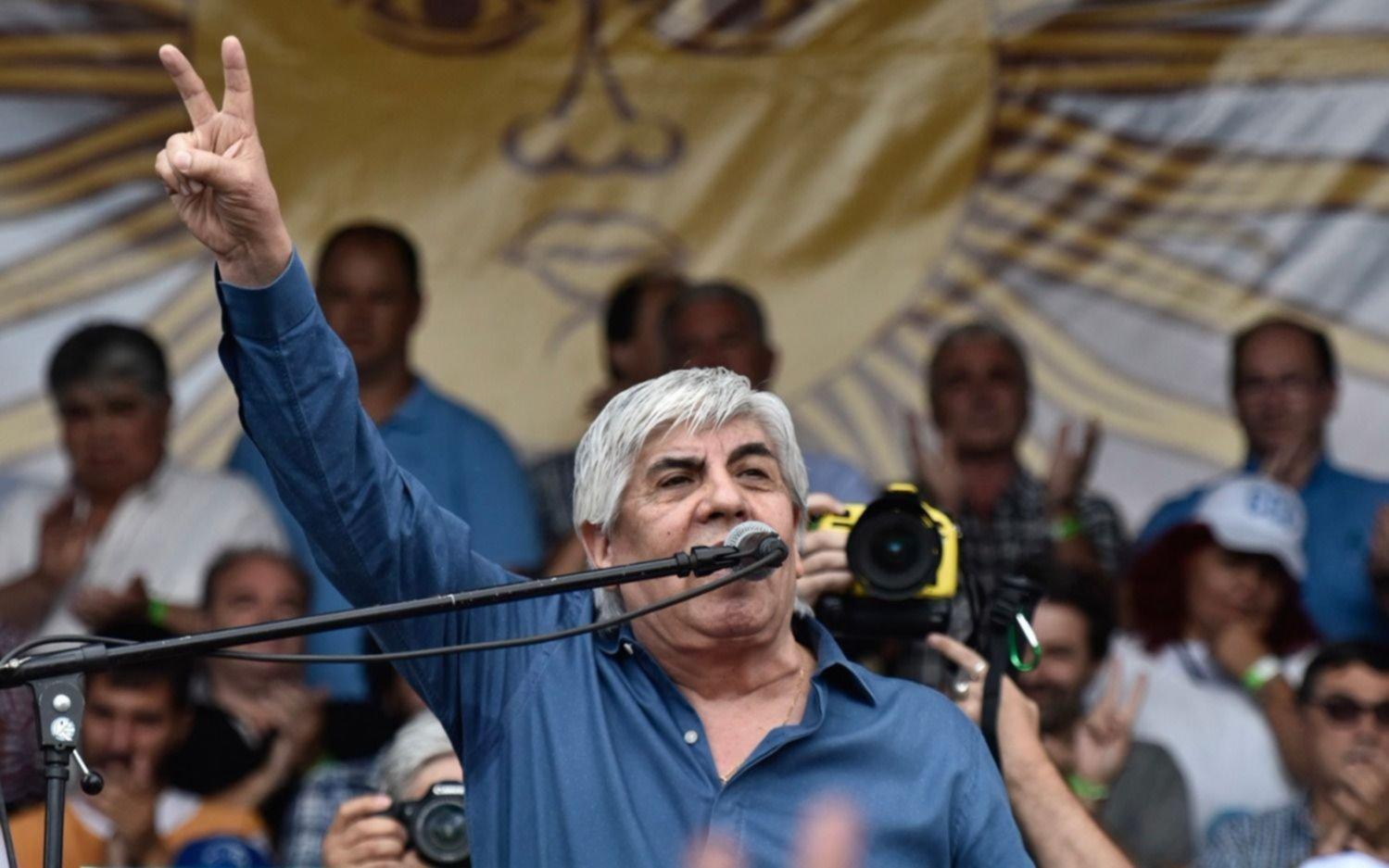 Citan a Moyano en una causa por lavado de dinero en Córdoba