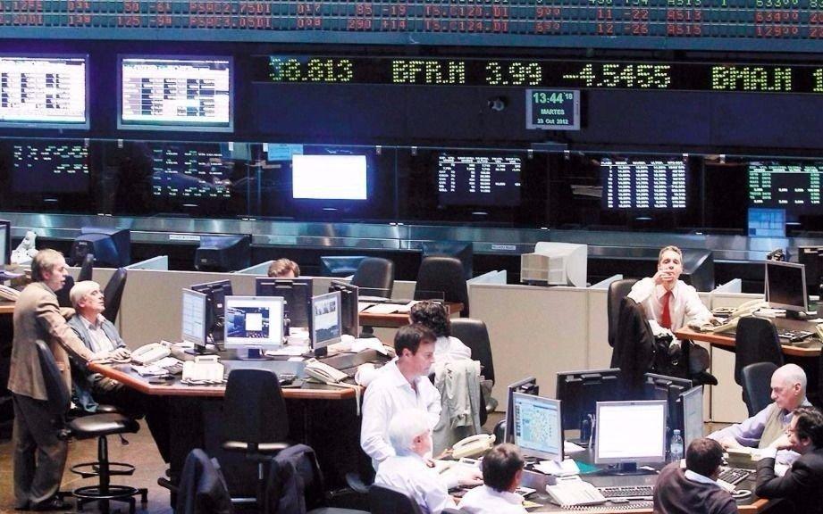 Cayeron la Bolsa y los bonos y volvió a aumentar el riesgo país