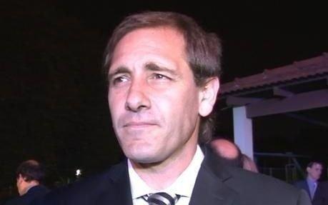 """Garro mete mano en el Consejo Escolar y designa a un senador como """"interventor"""""""