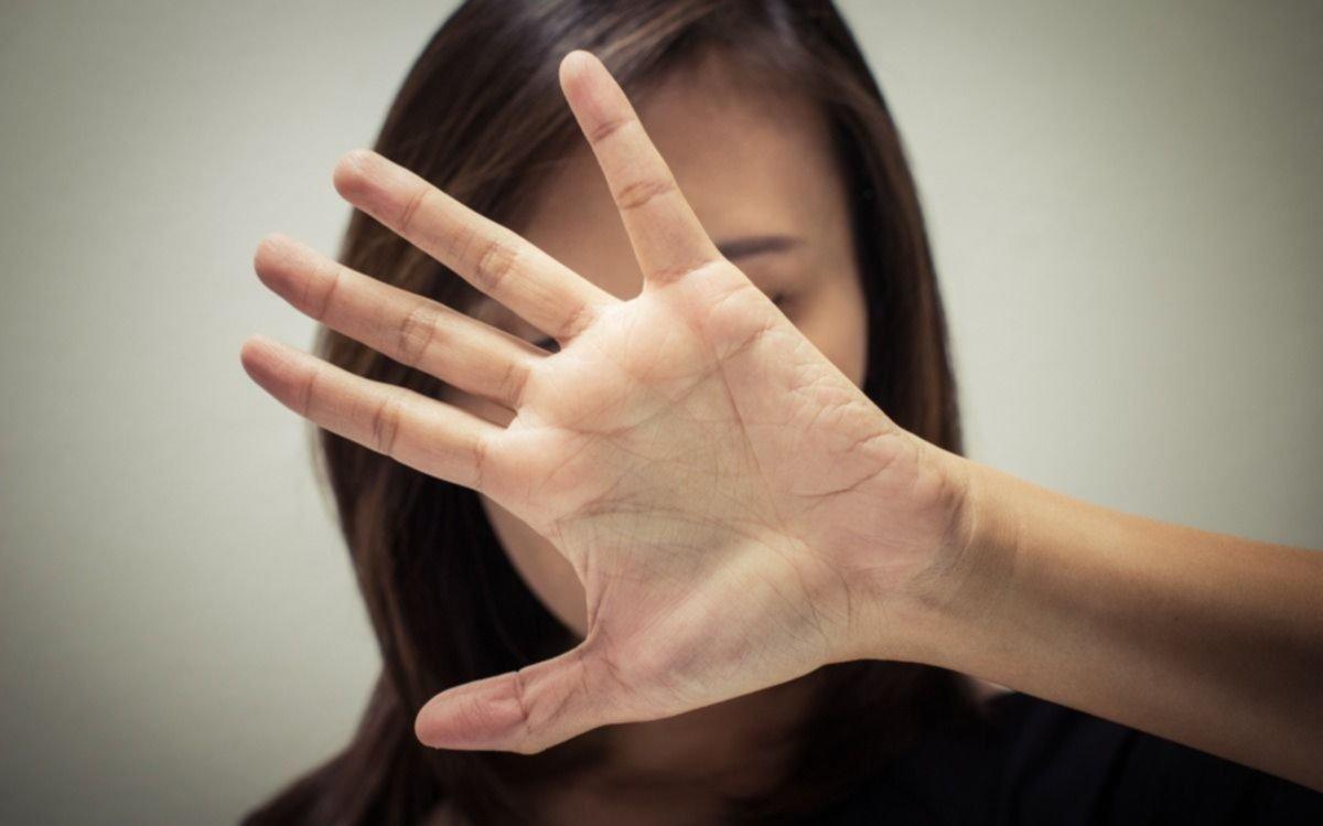 Una joven denunció que un vecino penitenciario la violó mientras dormía en su casa