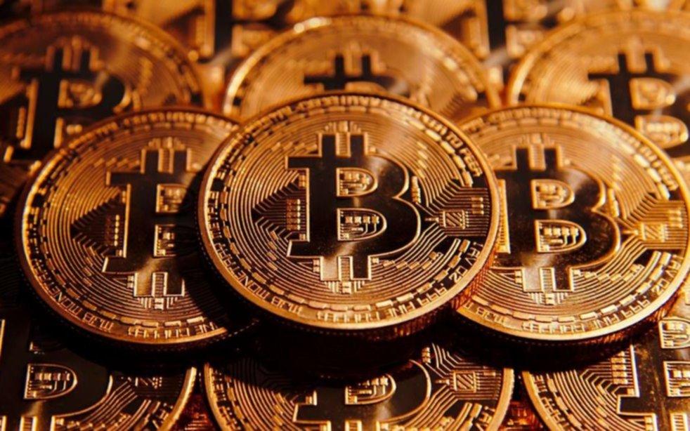 El bitcoin ¿una tendencia que pone en peligro a bancos y gobiernos?