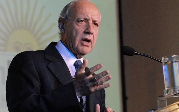 Lavagna anunciaría en marzo su candidatura presidencial