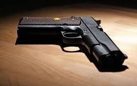 Profesores armados en las aulas, para repeler ataques