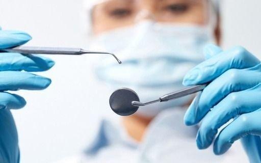 """Los odontólogos jubilados se movilizan por la """"desesperante"""" desactualización de los haberes"""