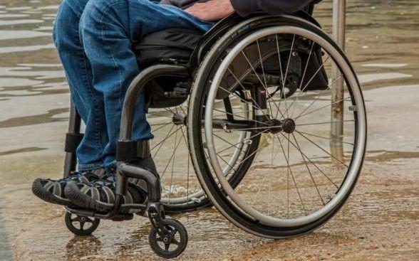 Personas con discapacidad exigen permisos para kioscos inclusivos