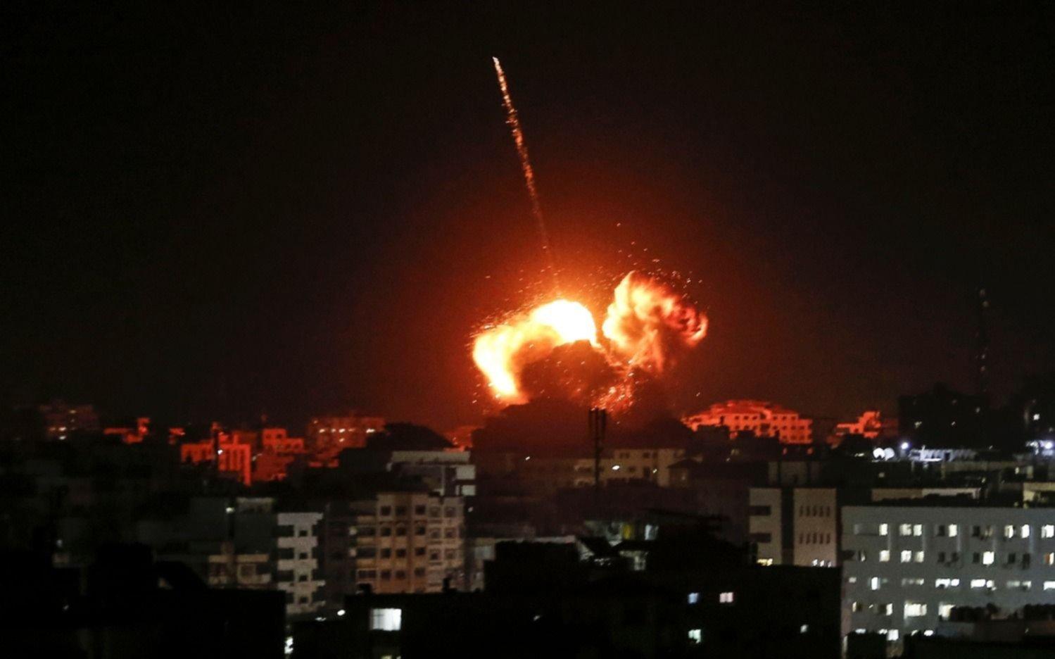 Desde Gaza, un misil impactó en un colegio del sur de Israel