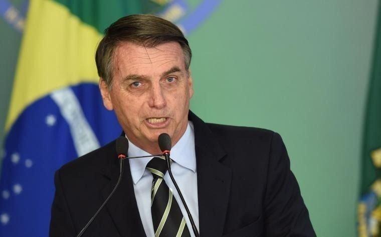 Bolsonaro destituyó a un ministro del ala militar de su Gabinete