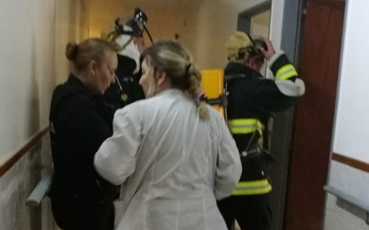 Penitenciarios evitaron una tragedia en una clínica