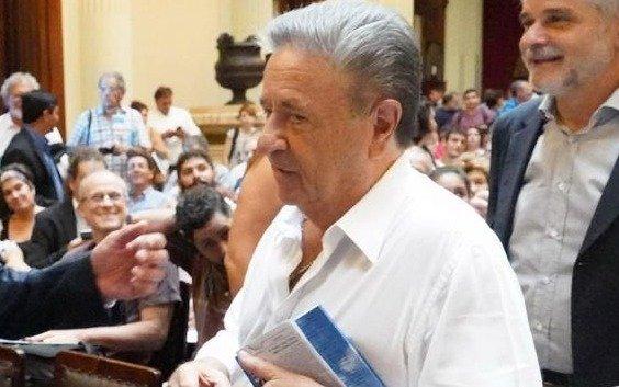 """Duhalde habló de la """"oferta"""" a Lavagna para que """"se baje"""""""