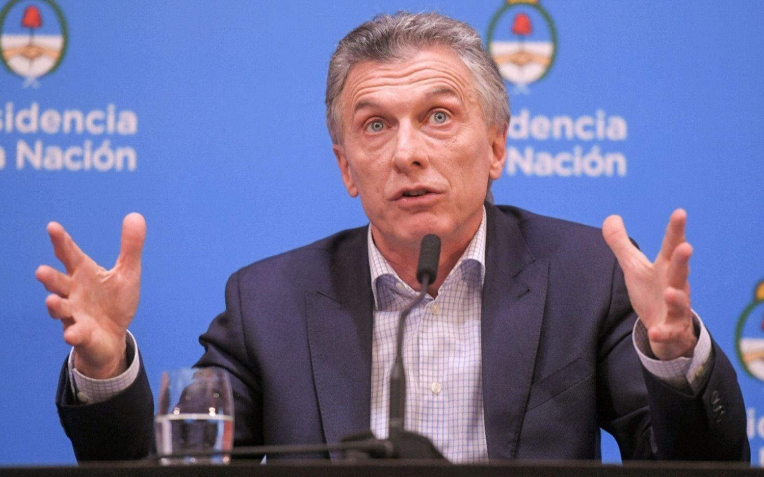 Macri, de reunión en reunión, en medio de rumores de cambios