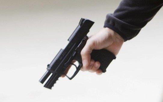 Un policía se resistió a un robo y mató a un adolescente