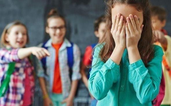 Un informe de Unicef señaló que uno de cada 3 jóvenes sufre acoso escolar