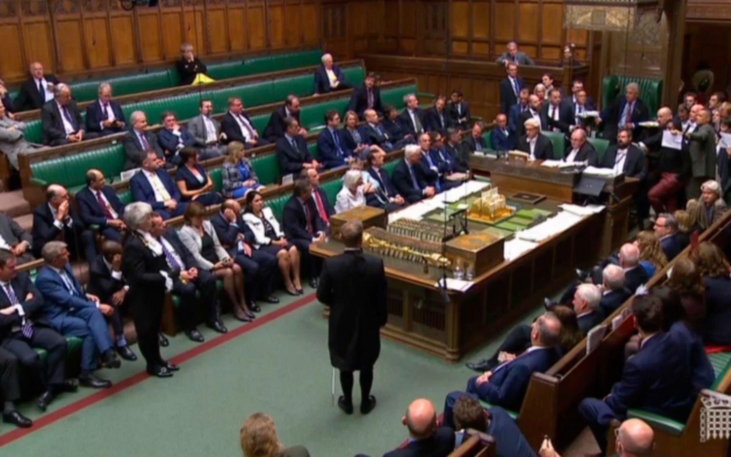 El Parlamento británico suspendió sus actividades hasta el 14 de octubre