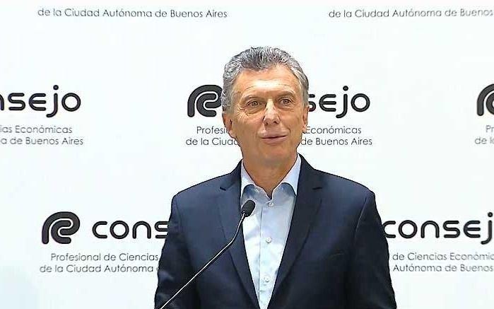 Critican viaje de Macri a fiesta religiosa en Salta