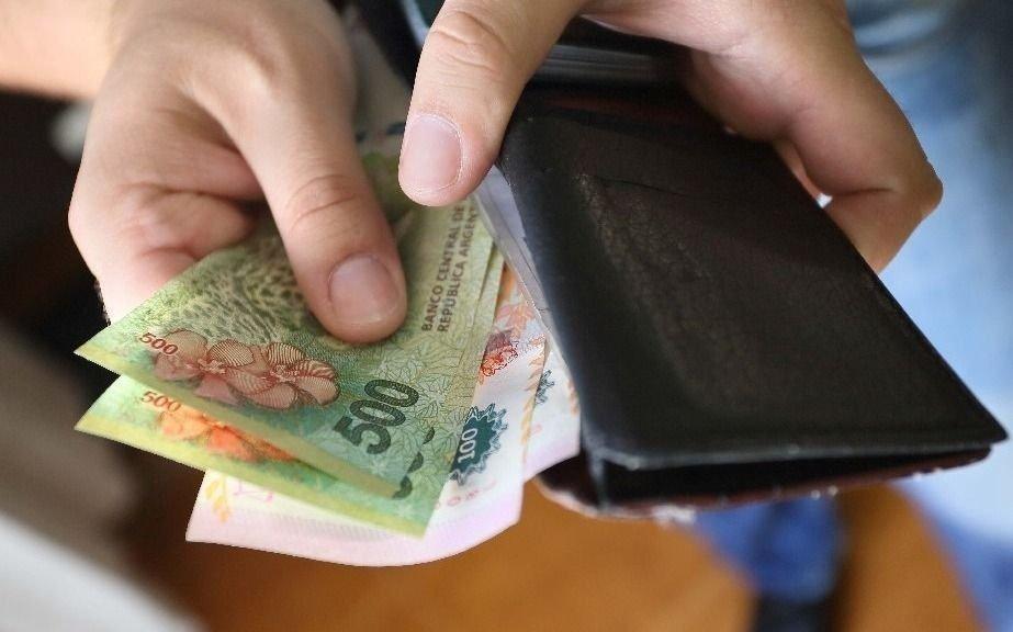 El salario real de los empleados formales caería un 7% este año