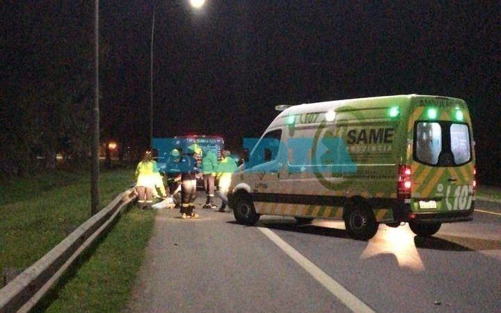 Un joven murió atropellado por un colectivo en Ruta 2, a la altura de El Peligro