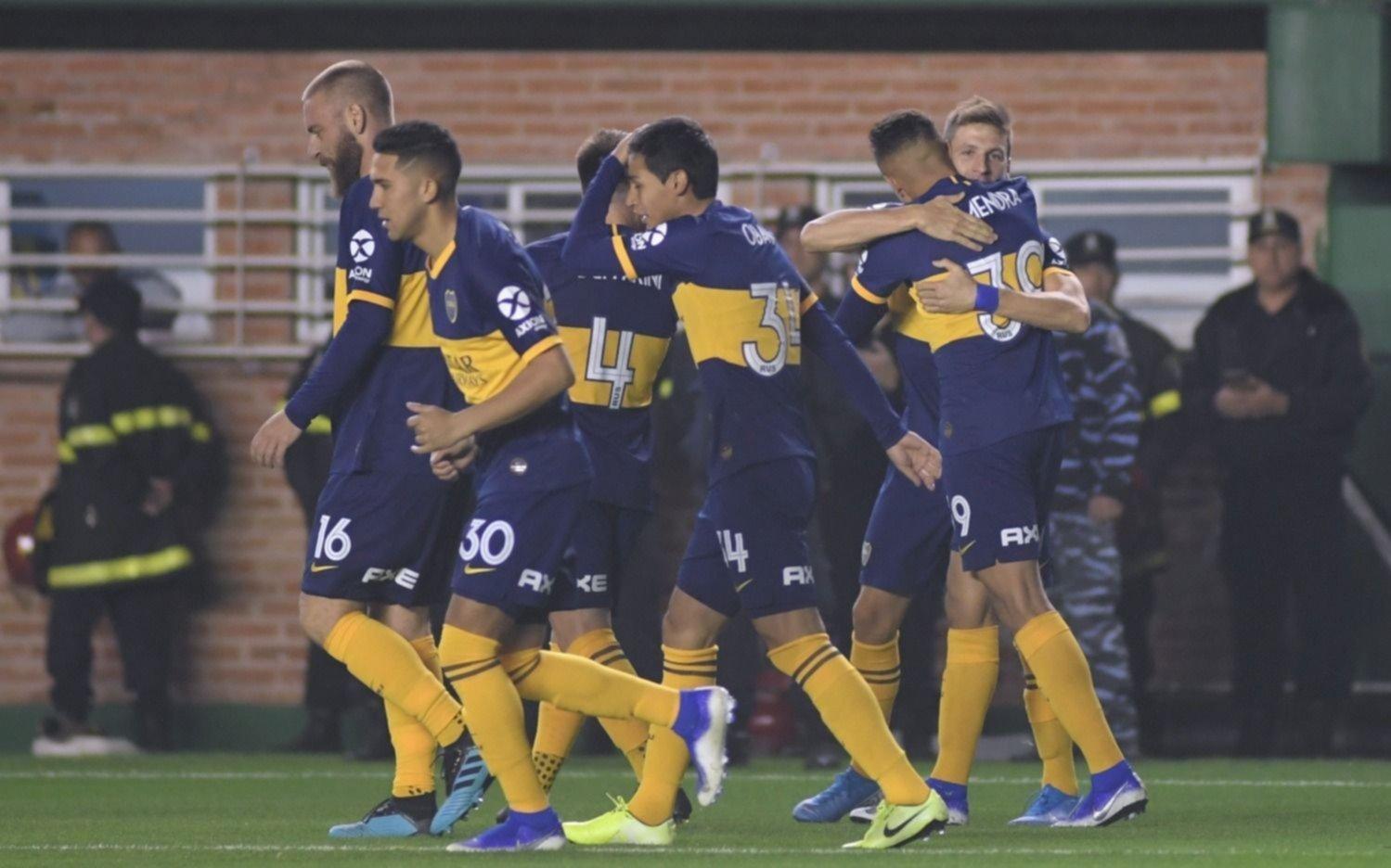 Boca mira de reojo el partido con la Lepra en la Bombonera
