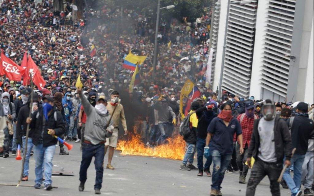 Imponen el toque de queda por la violencia en Ecuador
